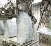 BEHN + BATES FFS technology for bagging of granules